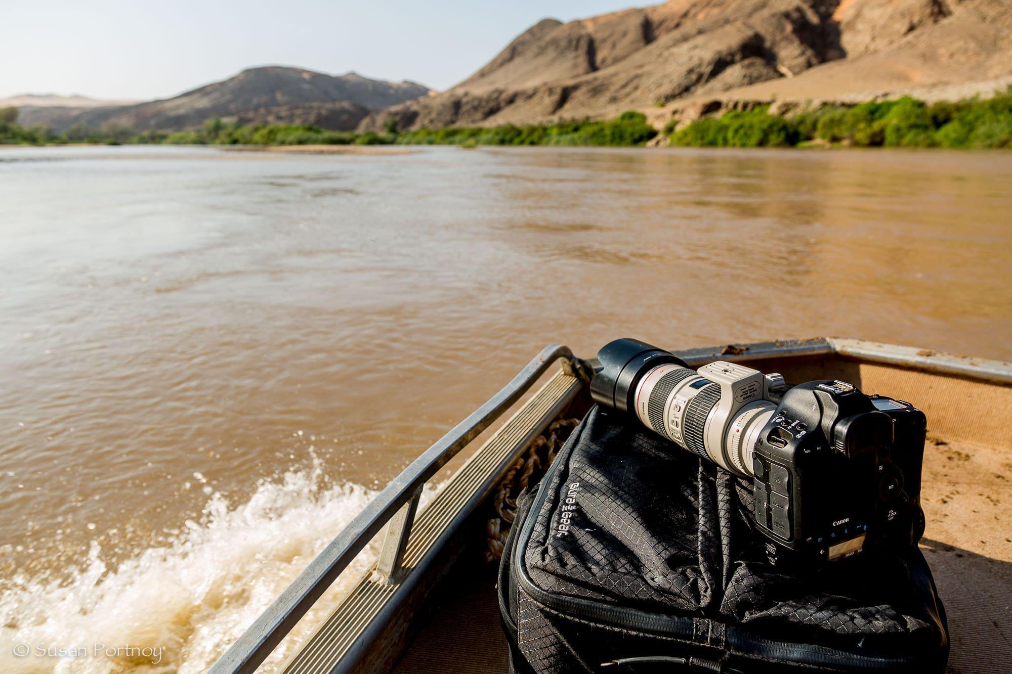 Gura Gear Bataflae 32L with me in Namibia