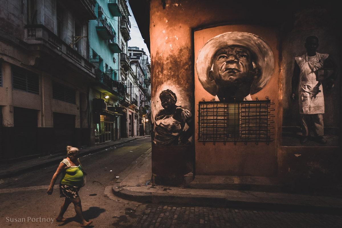 Morning walk in Old Havana