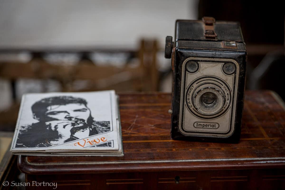 Antique camera in Plaza des Armas