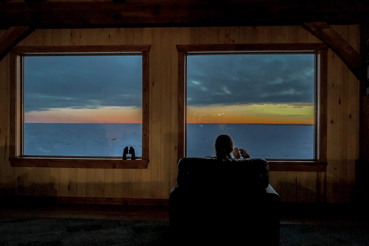 Seal River Heritage Lodge on Hudson Bay | What it's like to be on Canada's only Walking Polar Bear Photo Safari