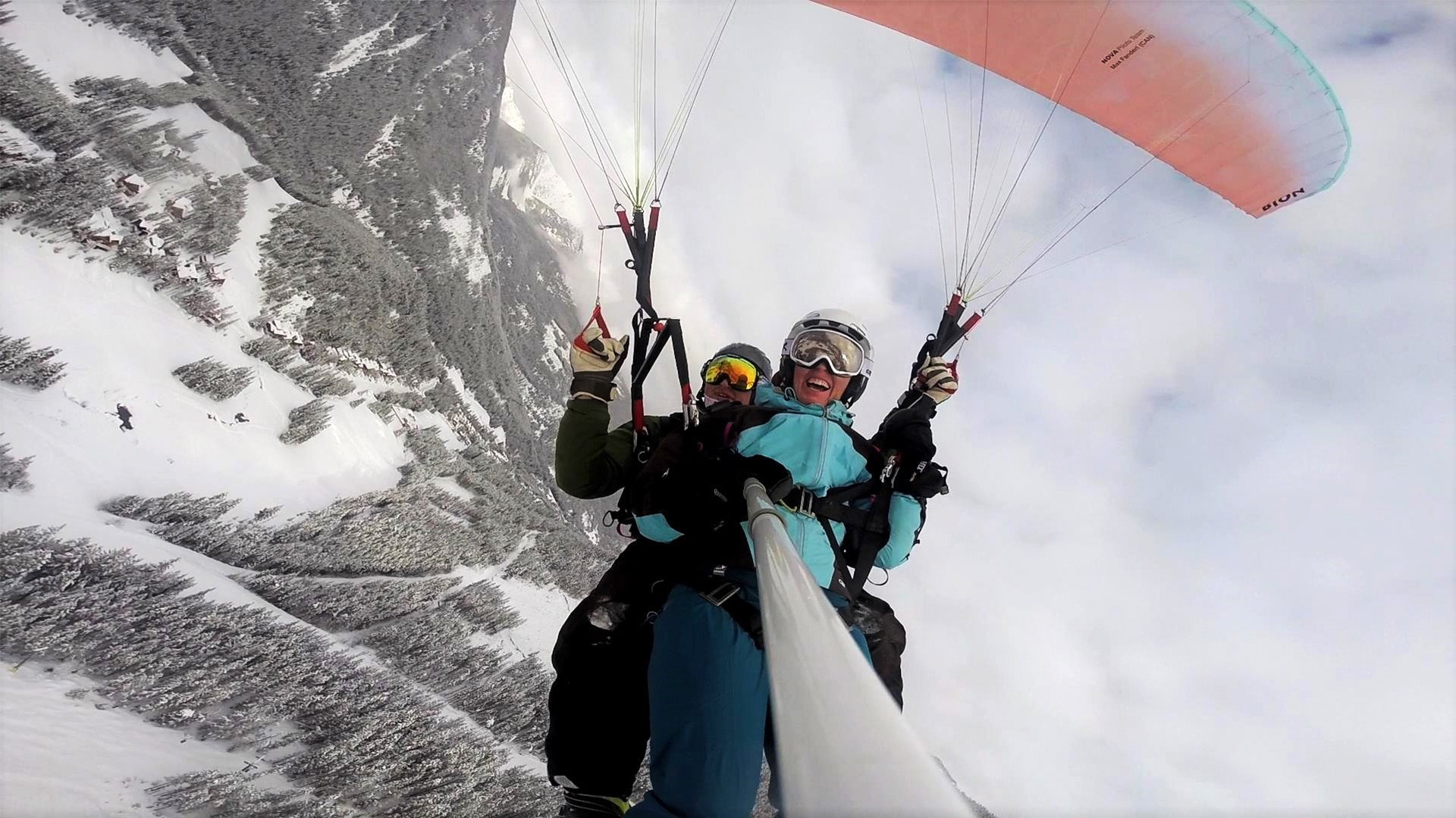 Panorama Paragliding 2017 | 8 Amazing Things to do in Winter Worth Traveling the World For