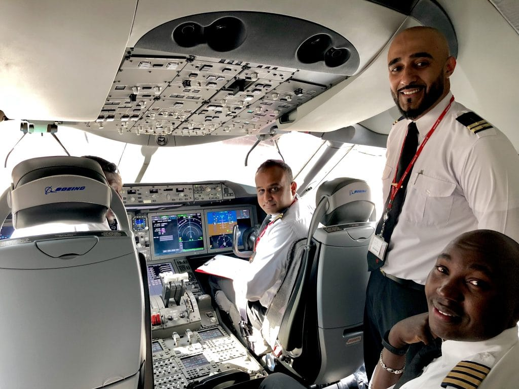 The pilots on the 787 Dreamline - Kenya Airways from New York to Nairobi