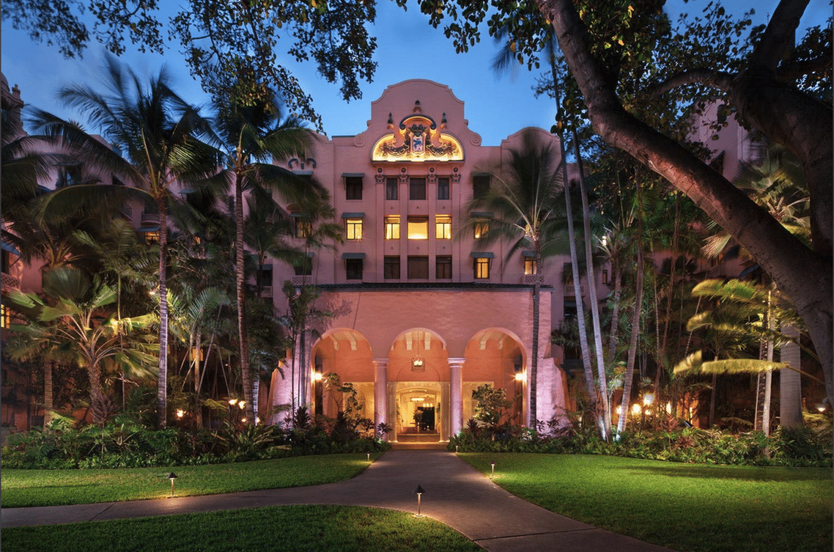 Royal Hawaiian Hotel, Oahu - a very cool place to stay in Hawaii