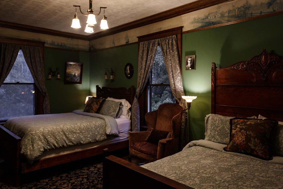 Delaware Room number 4 Laurium Manor, Calumet Michigan