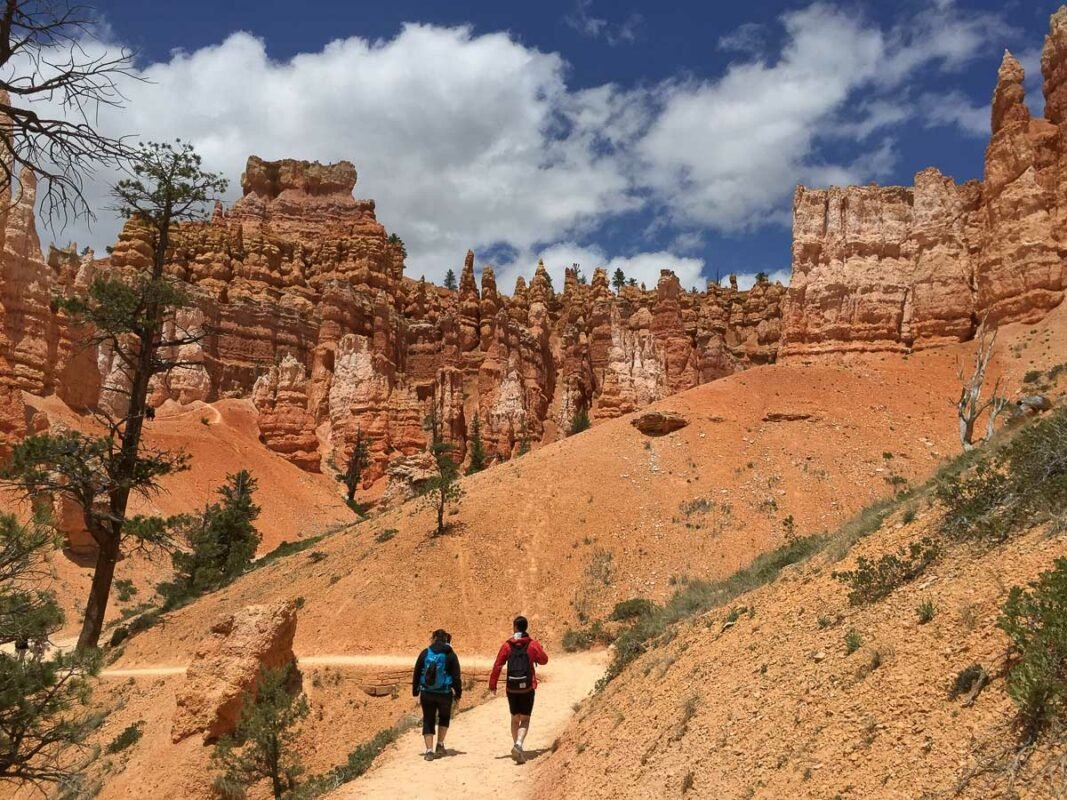 Two hikers on a trail in Bryce Canyon, Utah